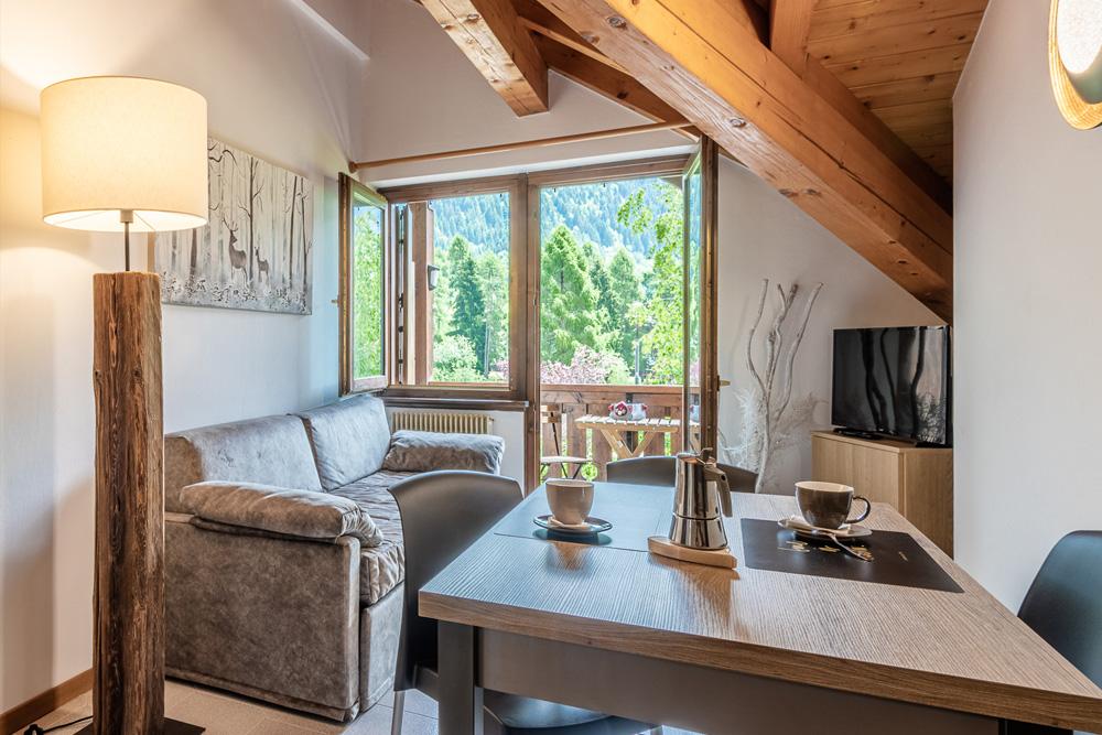 suite-italy-carisolo-salone2